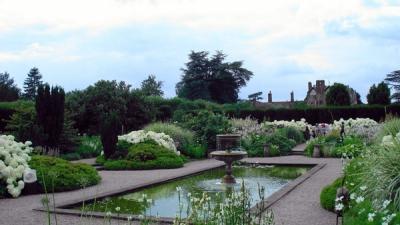 Лузели-парк, Великобритания