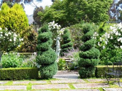 Сады Эскотт, Великобритания