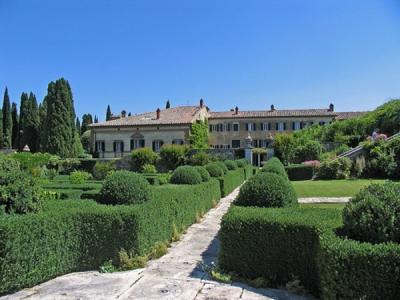 Вилла ла Фос, Италия