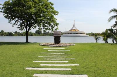 Парк короля Рамы IX, Таиланд
