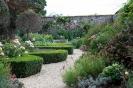 Сад при замке Броутон, Англия